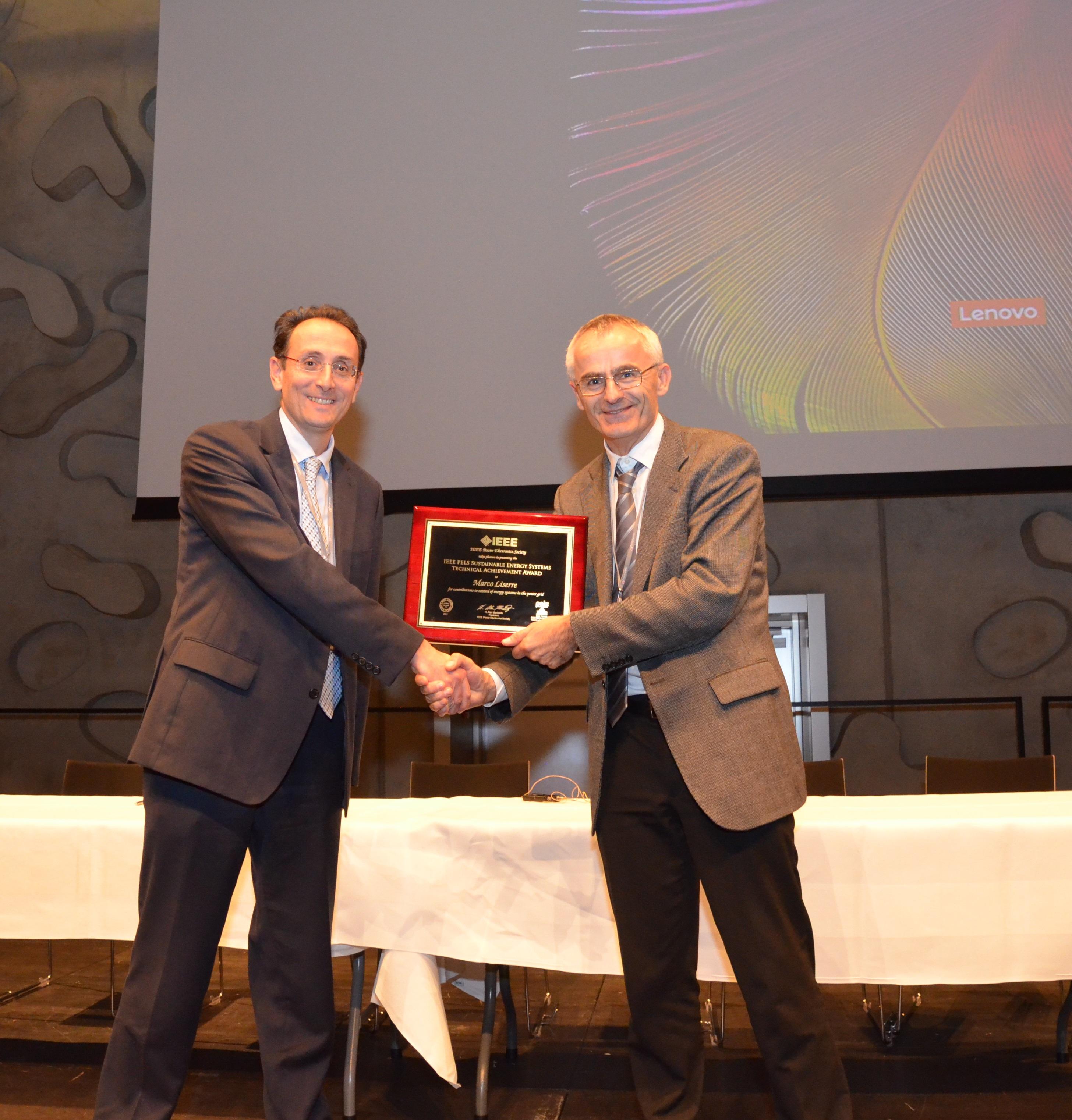 Award_Pels_2